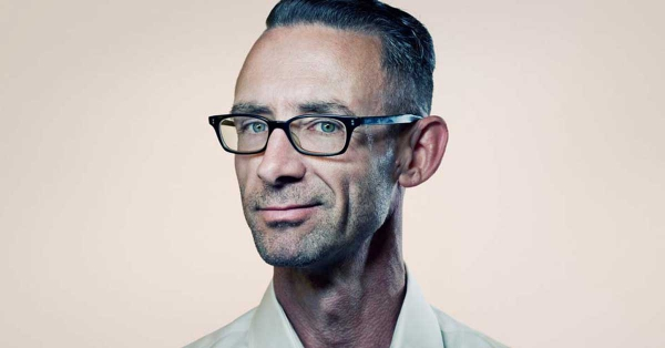30 Quotes from Chuck Palahniuk that will Open Your Mind